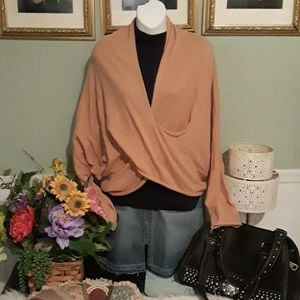 PRICE DROP TODAY BEAUTIFUL BOUTIQUE SWEATER